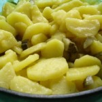 lauwarmer Kartoffelsalat