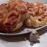Dinkelkränzchen mit Marzipan und Cranberries